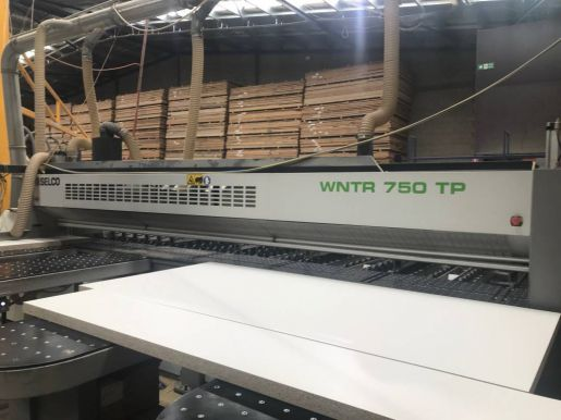Горизонтальная панельная пила SELCO WNTR 750 TWIN PUSHER MDE003